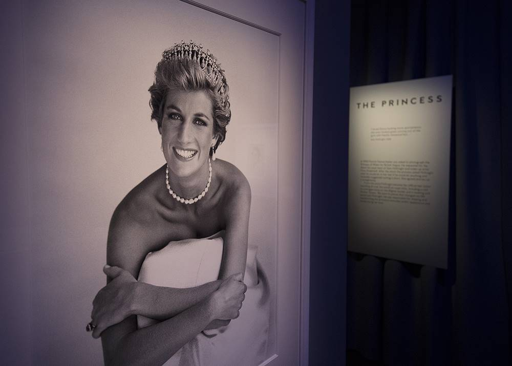 01/11/2016. London, UK. A photograph of Diana, Princess of Wales is displayed at the 'Hair by Sam McKnight' exhibition at Somerset House. Sam was Princess Diana's personal hair stylist from 1990-1997. The show, which runs from 2nd November, 2016 to 12th March, 2017, celebrates the career of fashion's favourite hair stylist. Photo credit: Peter Macdiarmid